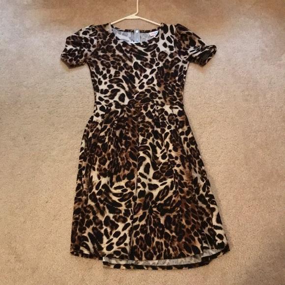 LuLaRoe Dresses & Skirts - LulaRoe Amelia leopard Dress